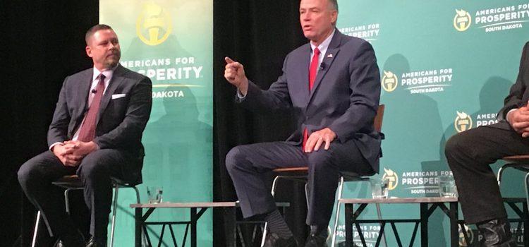 Tim details goals at congressional forum